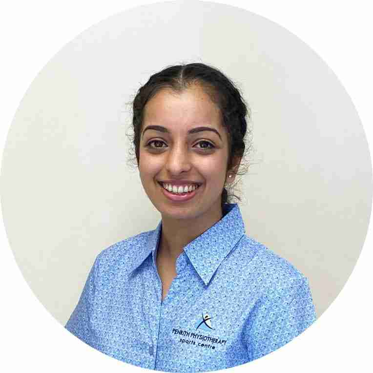 A portrait of Navneet Chadha - Physiotherapist